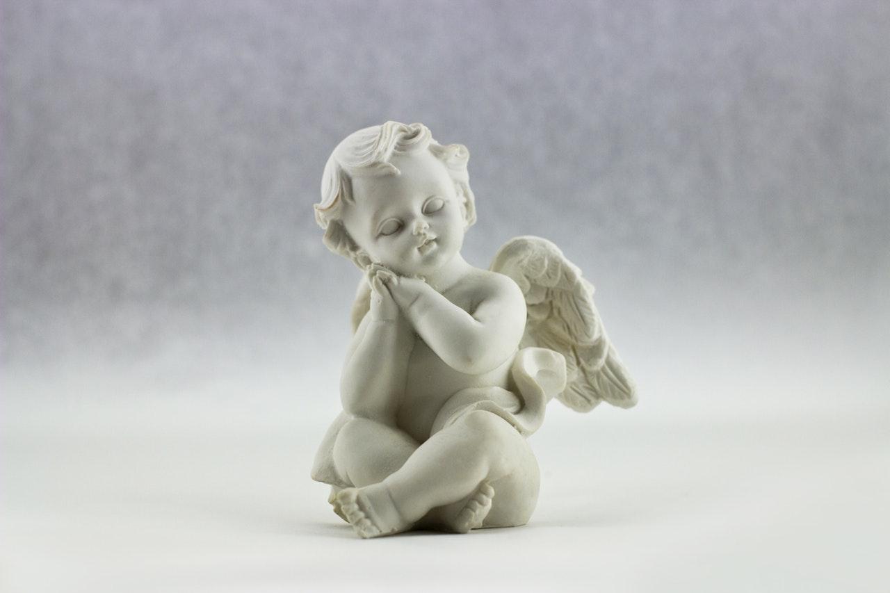 Wysokiej jakości szablon skrzydła anioła.