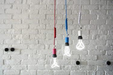 czarna lampa sufitowa loft