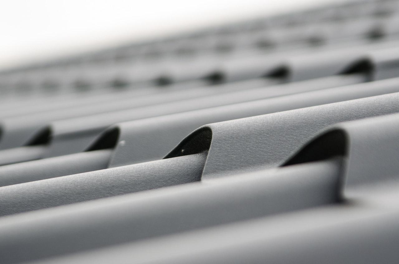Najwyższej jakości akcesoria kalenicy dachu.