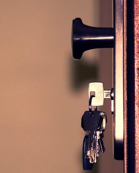 zamki drzwiowe antywłamaniowe